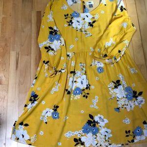 Old navy vibrant dress